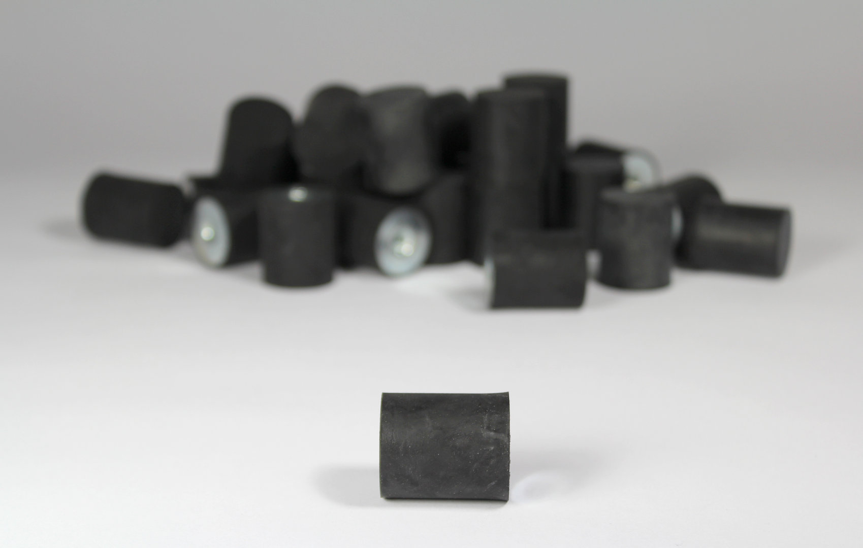 Schwingmetall 65° SH TYP E - Metzger-Technik-Shop